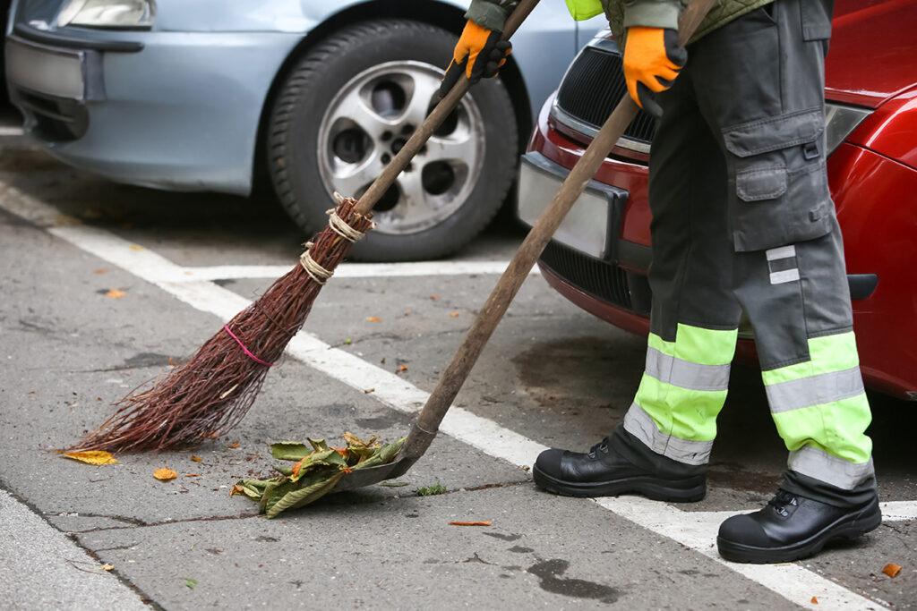 Baughman Magic Seal, asphalt cleaning tips, spring cleaning tips, parking lot cleaning tips, asphalt sealcoating